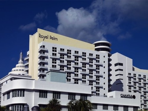 royal-palm-hotel-234742_640_mini