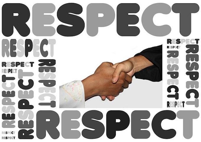 handshake-442908_640