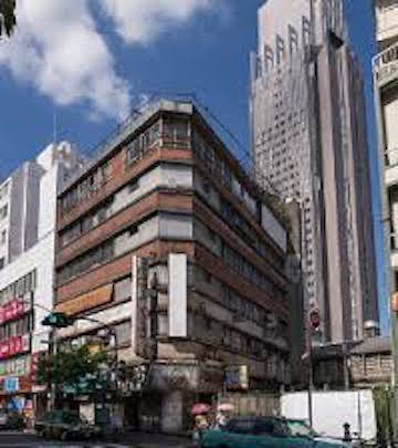 400px-yoyogi-kaikan-building-03