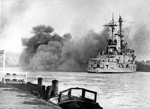 schleswig_holstein_firing_gdynia_13-09-1939